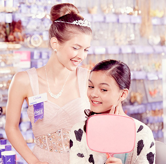 Foothills_Shopping_Claires_EarPiercing